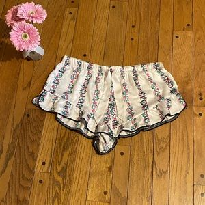 Victoria's Secret silk sleep shorts - Size L